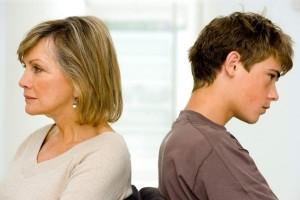 Переходный возраст у мальчиков в 12 лет: как вести себя родителям