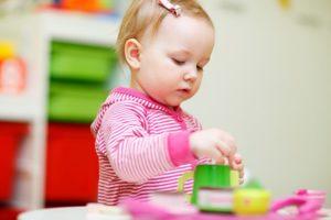 Ребенку 1 год и 1 месяц: развитие, питание и сон