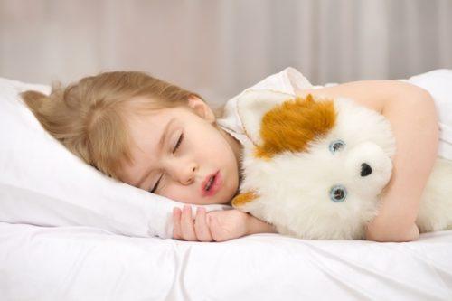 причины скрежета зубами во сне у детей