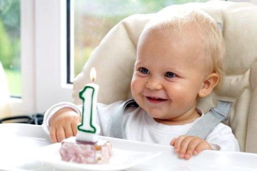 Как отметить день рождения ребенка 1 годик: советы и рекомендации