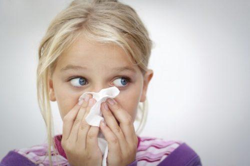 У ребенка часто идет кровь из носа: причины