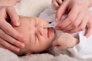 Заложенность носа у грудничка причины симптомы методы лечения