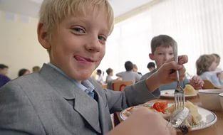 chto-dat-rebenku-v-shkolu-na-obed.jpg