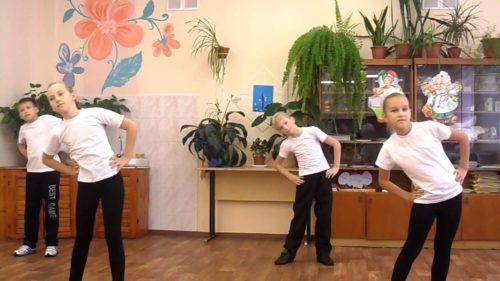 kompleks-uprazhnenij-dlya-utrennej-zaryadki-dlya-shkolnikov.jpg