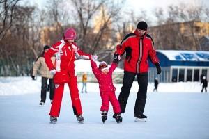Как научить ребенка кататься на коньках
