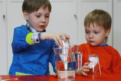 Опыты для детей 7-8 лет: в домашних условиях