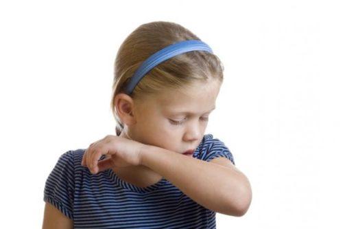 Ночной раздражающий кашель у ребенка