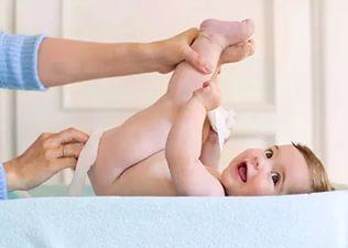 gigiena-novorozhdennoj-devochki.jpg