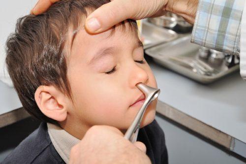 Аденоиды у ребенка 3 года: как лечить