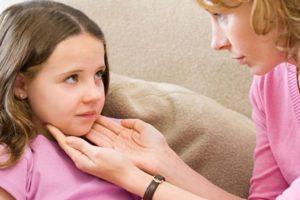 осипший голос у ребенка чем лечить