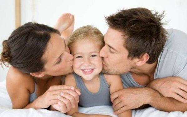 Как правильно воспитать ребенка с рождения
