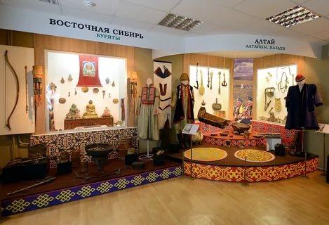 Музей истории и культуры народов Сибири и Дальнего Востока.jpg