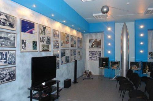 Музей авиации и космонавтики им. Кондратюка.jpg