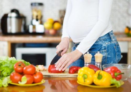 Что можно кушать беременным на ранних сроках.jpg