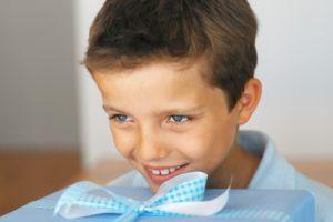 Что подарить мальчику на 7 лет на день рождения