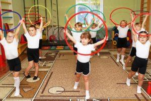 Упражнения с обручем для детей