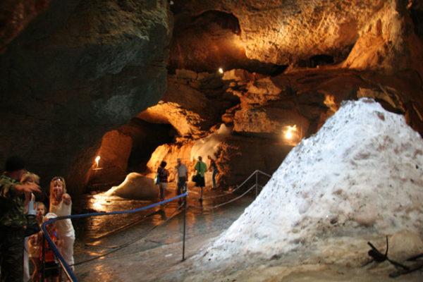Канатная дорога на вершину Ай-Петри и пещера Трёхглазка-01