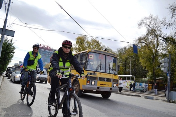 Безопасная езда по проезжей части – в руках самого велосипедиста
