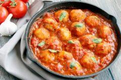 Как приготовить тефтели с подливкой на сковороде: пошаговый рецепт
