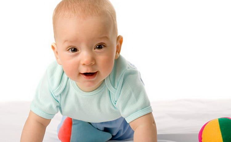 Развитие ребенка по месяцам нормы.jpg