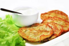 Как сделать драники из картошки: рецепт