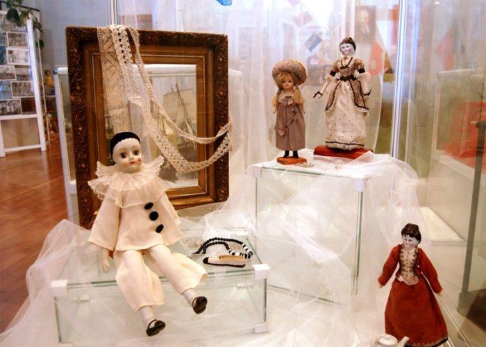 Экспонаты в детском музее