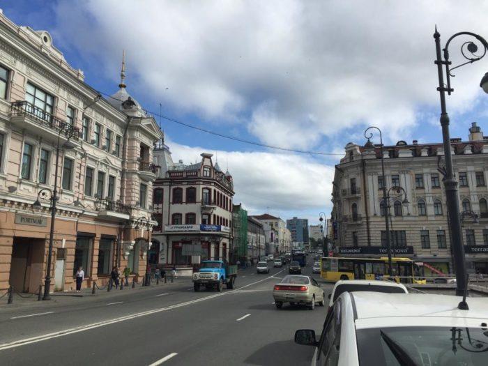 Улица Светланская