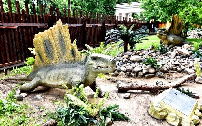 Детский парк с Парком динозавров
