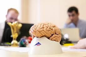 Нейролингвист