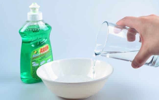Как приготовить раствор для мыльных пузырей из средства для мытья посуды