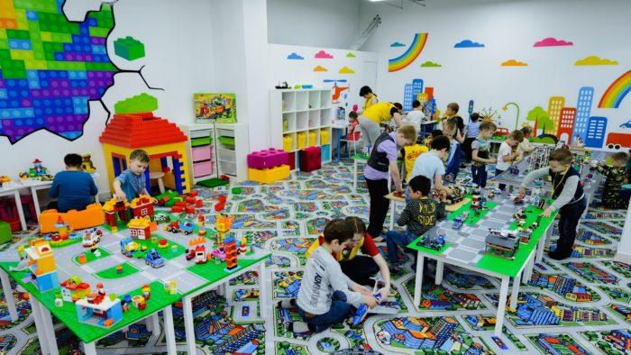 Развивающая игровая комната «Легополис»