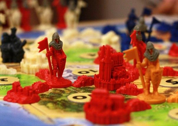 Магазин-клуб настольных игр «Бумажный солдат»